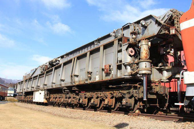 各地で活躍した機関車や珍しい車両も一堂に