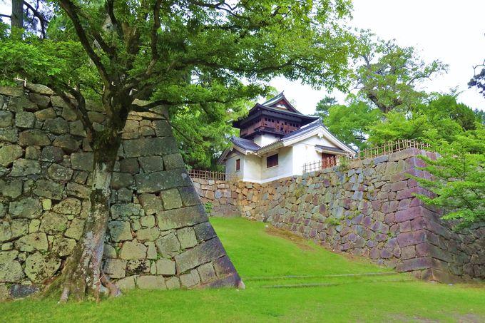 阿部正弘公と日本の近代化〜銅像が見上げる鐘櫓〜