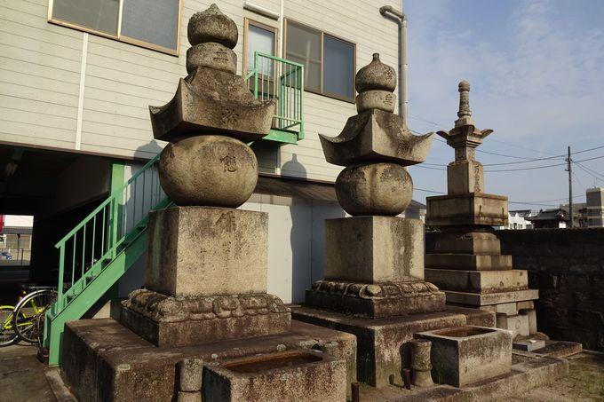 水野家藩主生母も眠る洞林寺の墓所