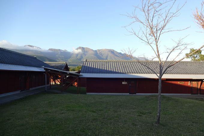 久住連山を見ながら各部屋へ・・和室と洋室2タイプ