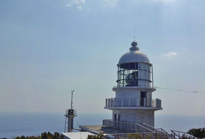 「都井岬灯台」からの素晴らしい絶景も必見!