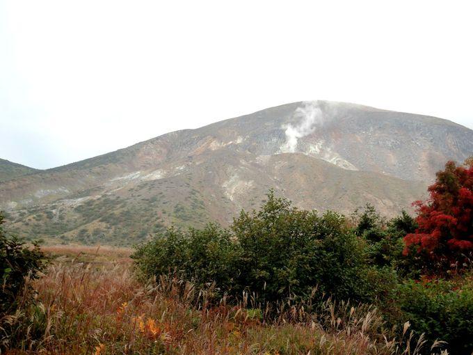 「一切経山」の噴煙を眺める!