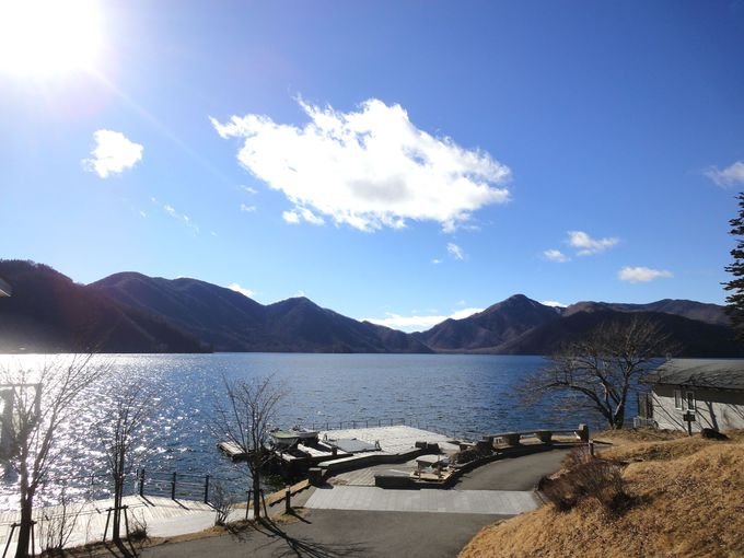 お腹いっぱいになったら、「中禅寺湖」観賞を!