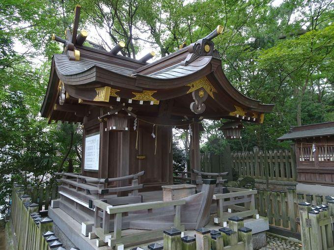 社殿が船の形!「船玉神社」