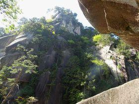仙蛾滝入口から覚円峰まで巡る!山梨「昇仙峡」の見どころ5つ|山梨県|トラベルjp<たびねす>