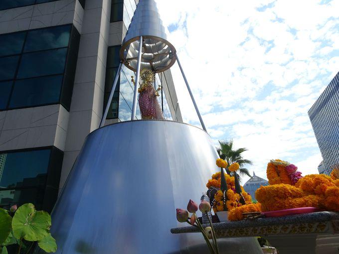 タイの霊能力者たちの間で話題! 「プラ・メー・ラクシュミー」