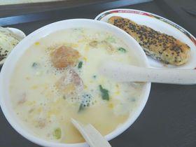 中正紀念堂近くで朝食。「鼎元豆漿」は台北っ子が行列を作る人気店!