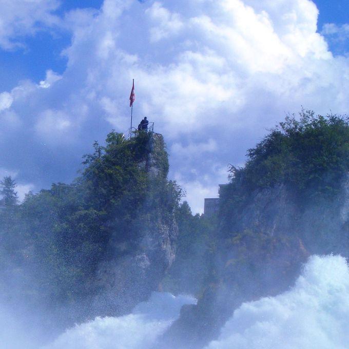 『ラインの滝』おススメ遊覧船コース