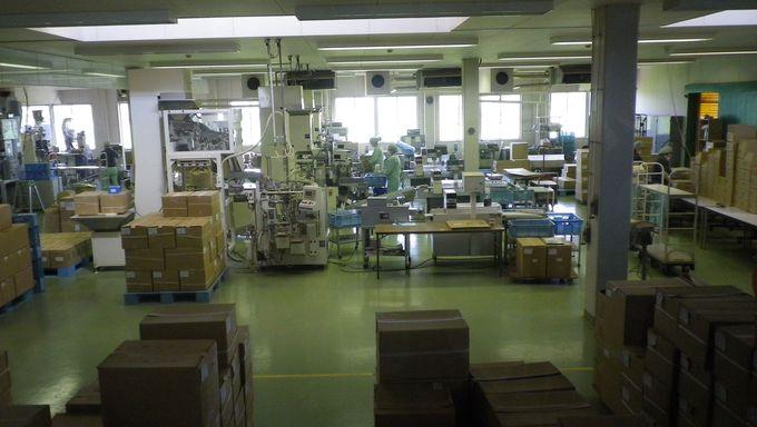 まずは工場見学から