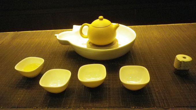 ゆっくりと茶芸を楽しむ