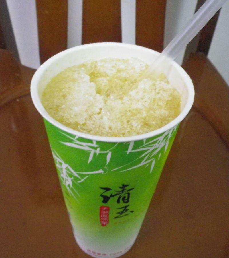 台湾でしか味わえない究極!のレモンティー「翡翠檸檬」とは?