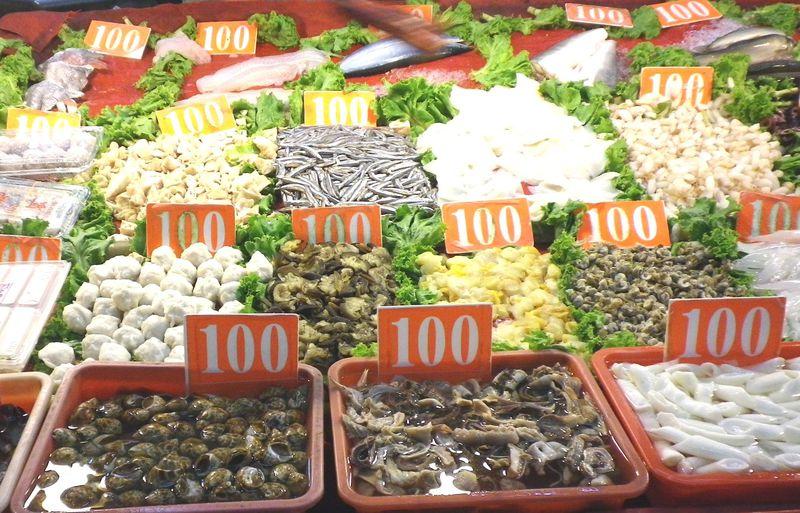 一皿100元!?高雄の離島「旗津」で味わう獲れたて海鮮料理