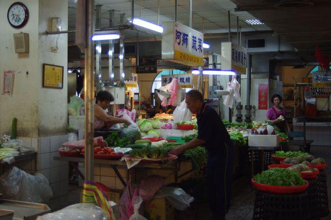 台南・安平の朝市「安平公有零售市場」