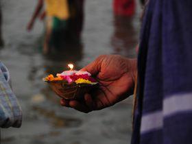 伝説より古いヒンドゥー教最大の聖地インド「ベナレス」の過ごし方