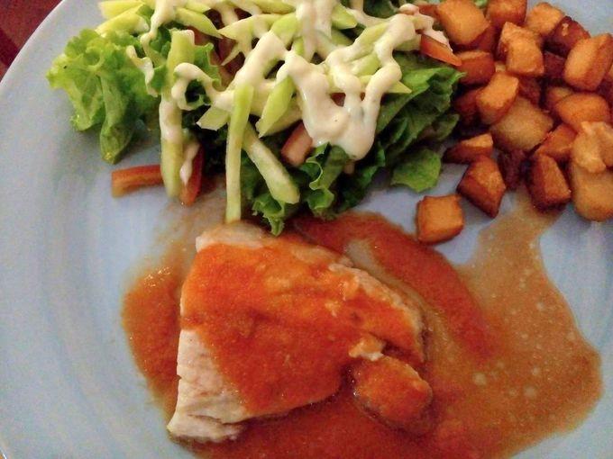 トルティーヤにパエリア!本格的スペイン料理レストラン「タパス」