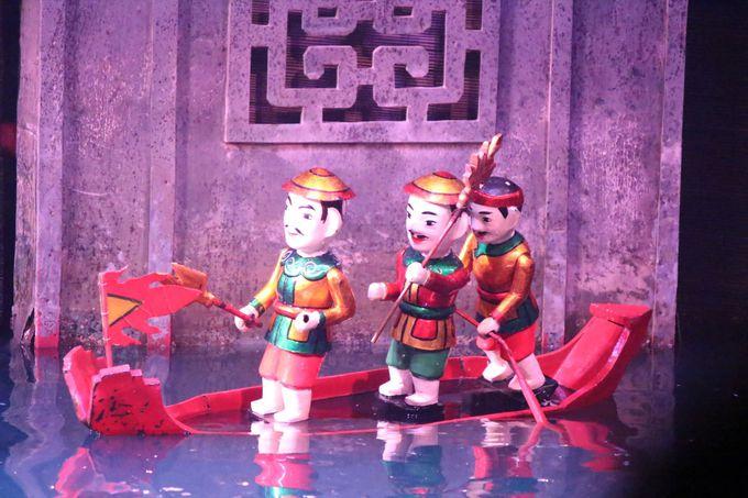 水上人形劇を鑑賞
