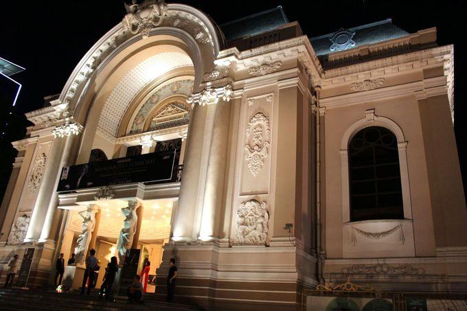 市民劇場で開催。予約はお早目に