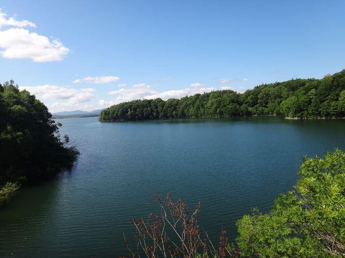 近くからも朱鞠内湖