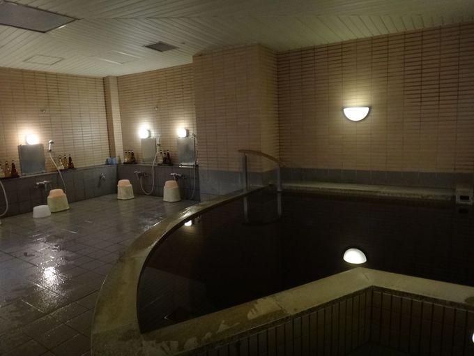 世界的にも珍しい、モール温泉!