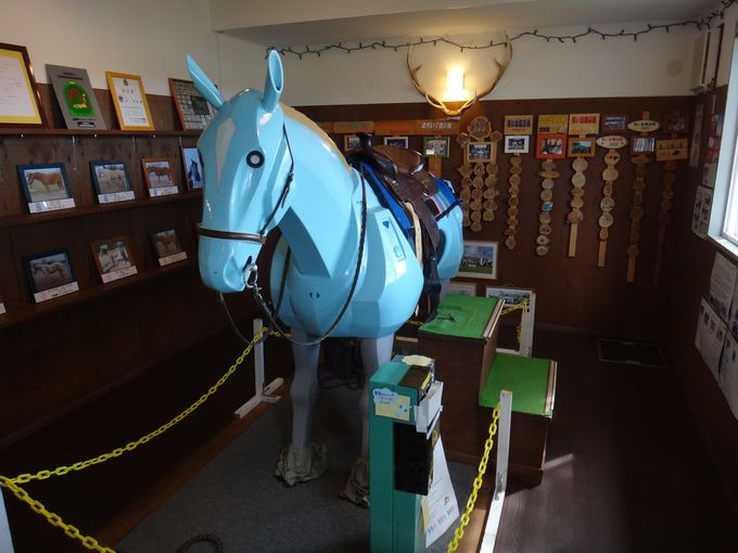 珍しい馬ロボットでライディングシミュレーター