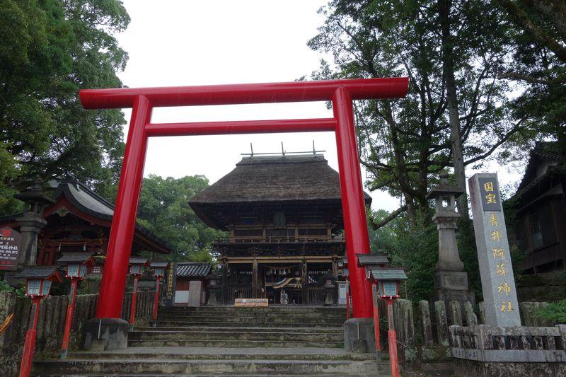 日本最南端の国宝!熊本にある「青井阿蘇神社」の茅藁屋根は美しい