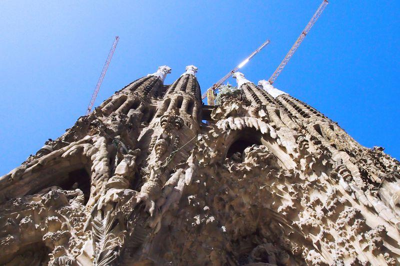 バルセロナ観光の目玉「サグラダ・ファミリア」を味わい尽くせ!