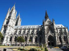 南米最古の教会!エクアドルの「バシリカ」はとにかく壮大でユニーク