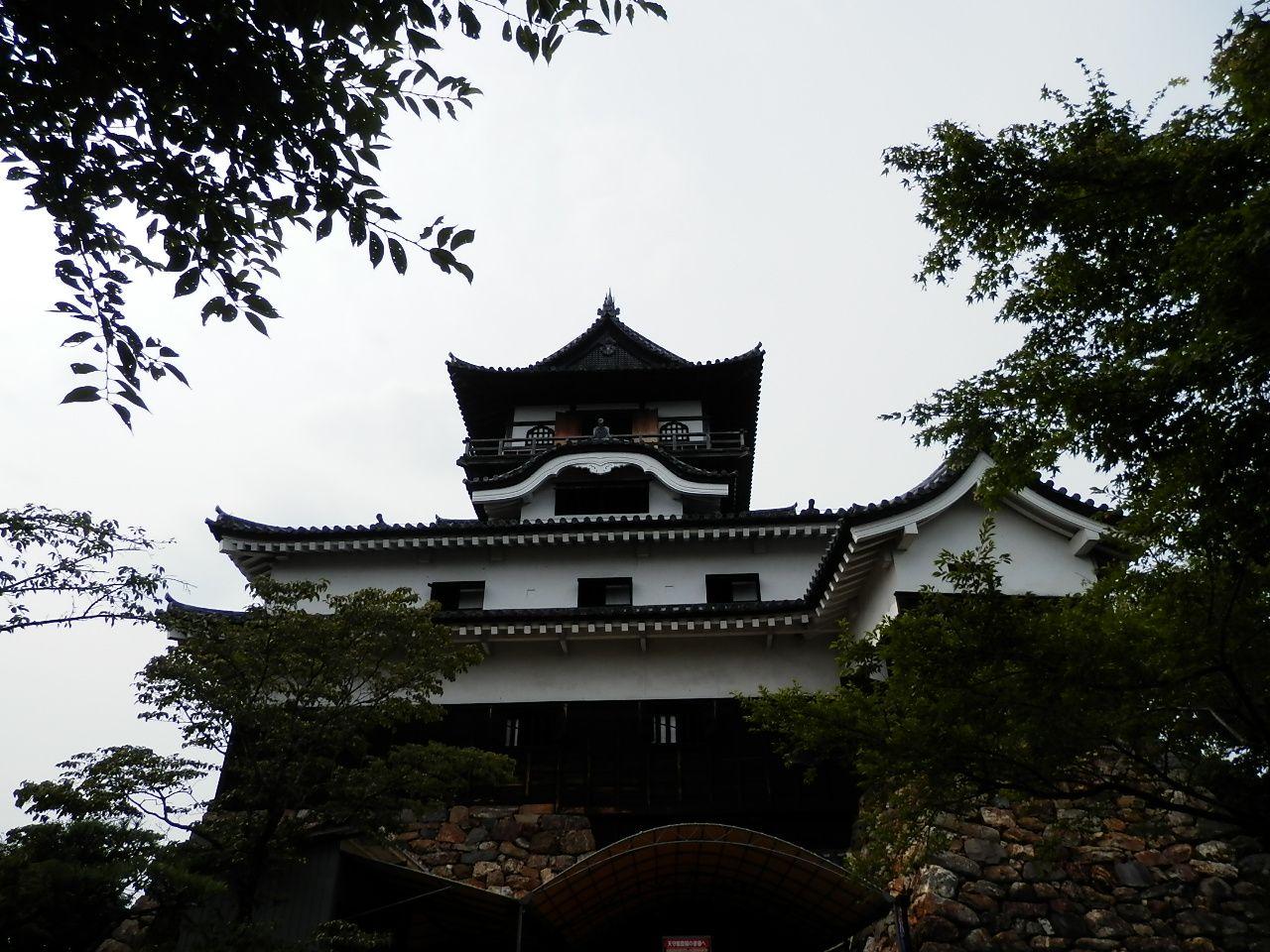 築城1537年(天文6年)。現存する最古の天守。