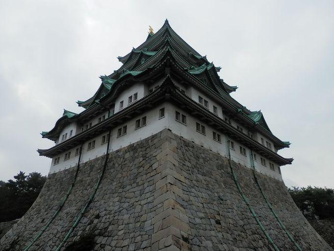 日本三名城のひとつ。圧倒的な威厳を見せ付ける尾張名古屋城。
