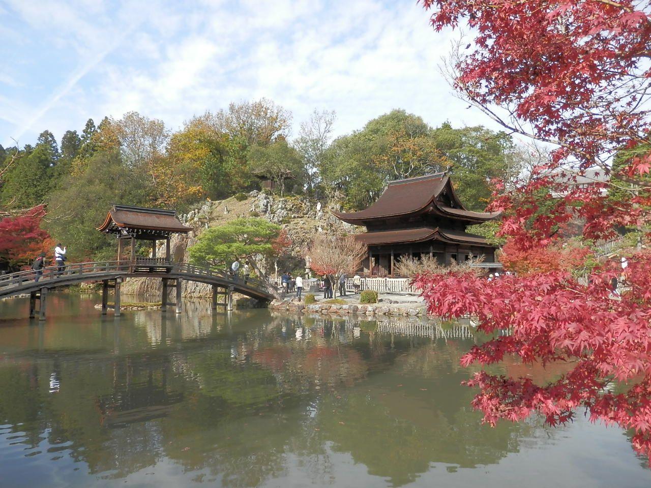 永保寺の池泉回遊式庭園は、日本庭園の祖「夢窓国師」によるもの