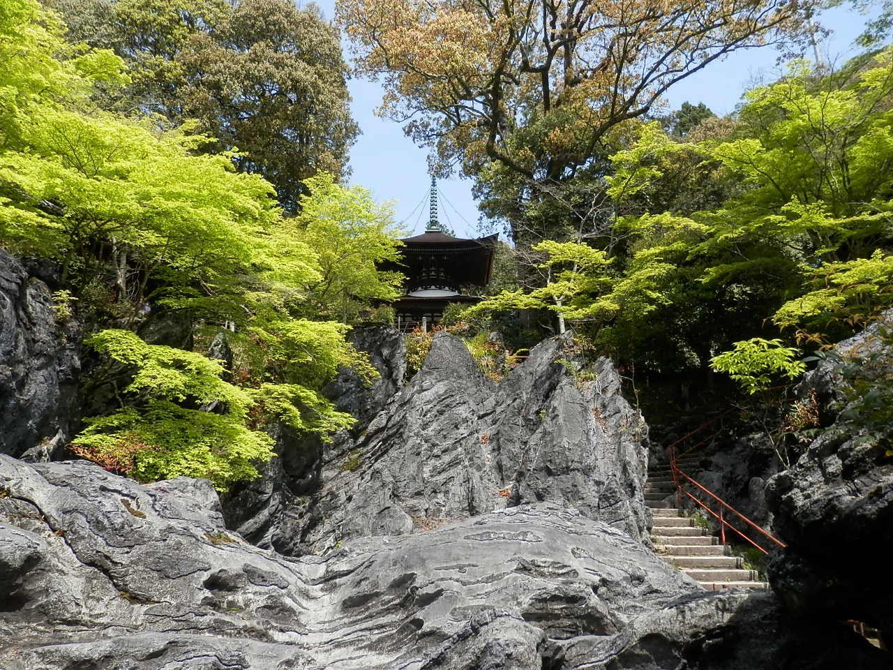 源氏物語はここから!紫式部ゆかりの観音霊場「石山寺」