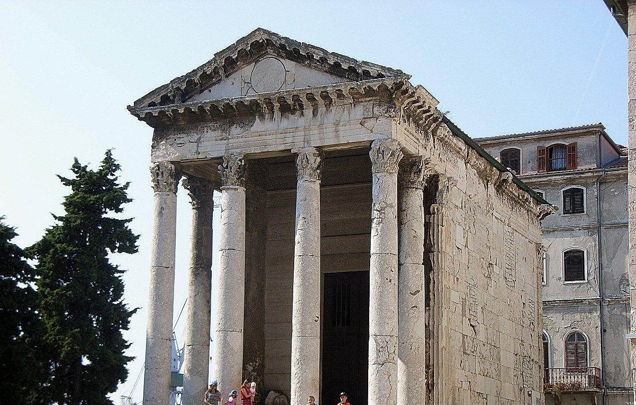 イストラ半島最大の古代都市「プーラ」