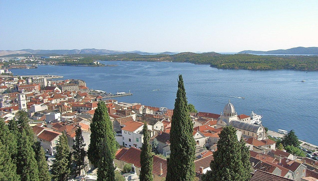 世界遺産クロアチア・シベニク〜教会の鐘の音が鳴り響く街〜
