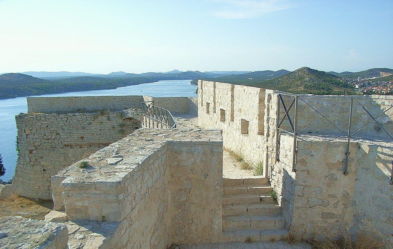絶景が臨める聖ミカエル要塞
