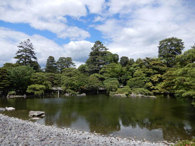 緑豊かな「御池庭」と最も大きい「御常御殿」