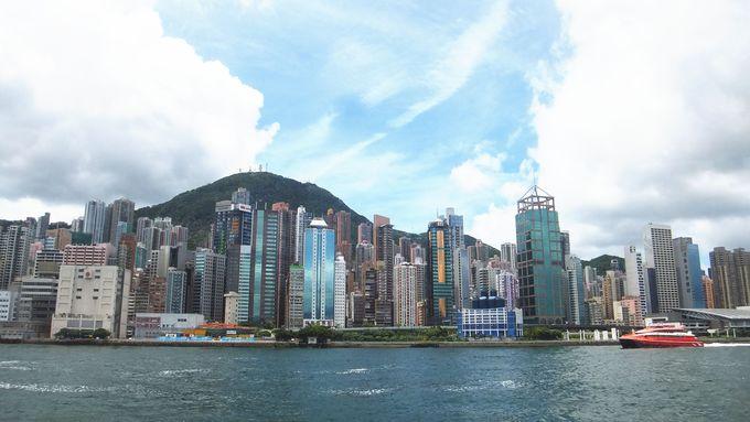 香港を経由してマカオへ