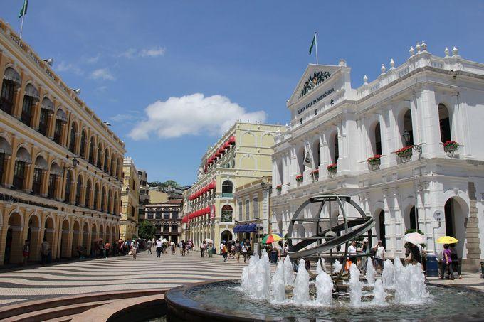 マカオらしい風景の中心「セナド広場」