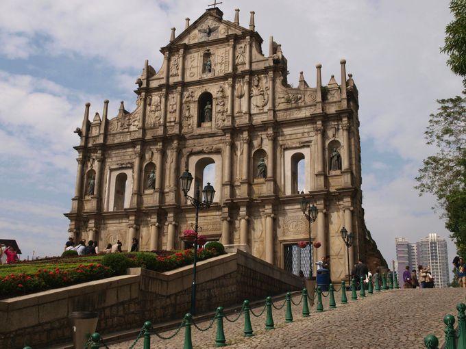 マカオ世界遺産の一番人気!聖ポール天主堂跡