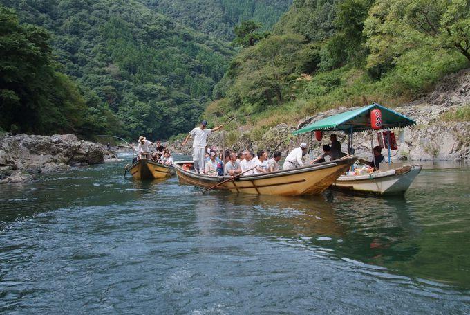 水上でお買い物、船上コンビニ「琴ヶ瀬茶屋」