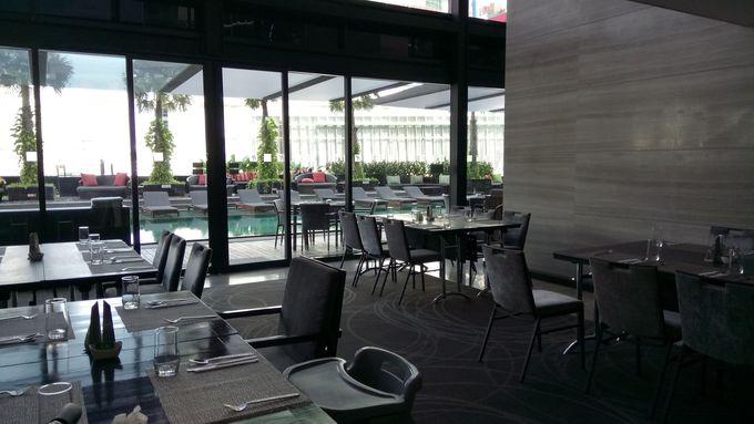 開放感抜群のカフェレストランZeta Cafe