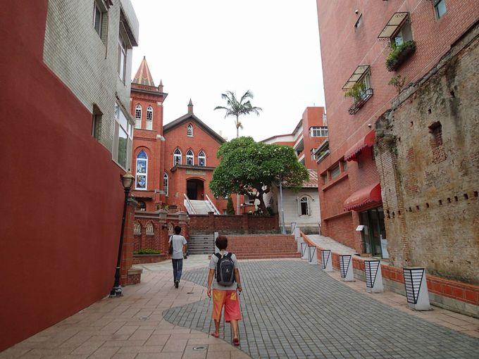 ゴシック風「淡水礼拝堂」は台湾北部最古の教会