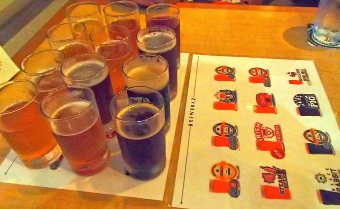 パンチの効いたビール「Brewerkz Microbrewery and Restaurants」