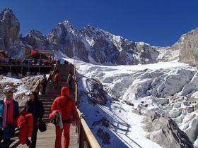 中国で北半球最南端の氷河を見た!雲南省の霊峰「玉龍雪山」