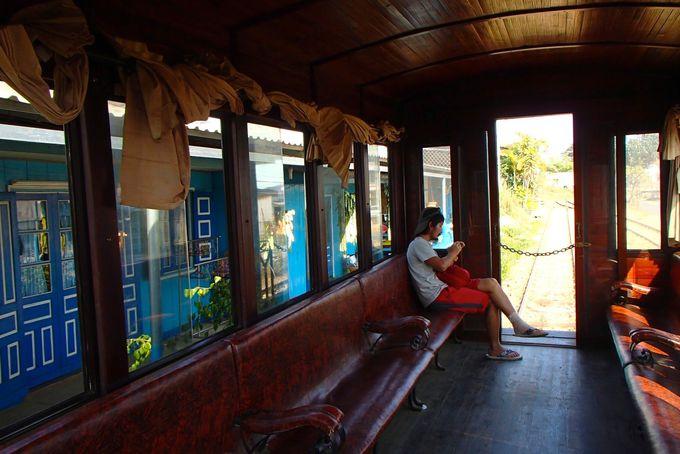 ディーゼル機関車に乗って車窓を楽しもう