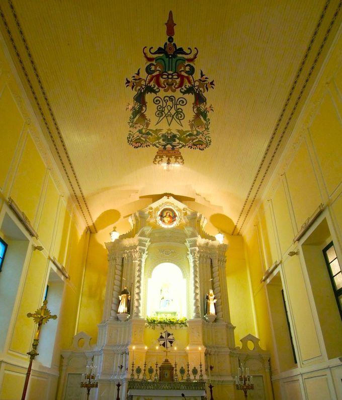 薔薇の名にふさわしく美しい「聖ドミニコ教会」