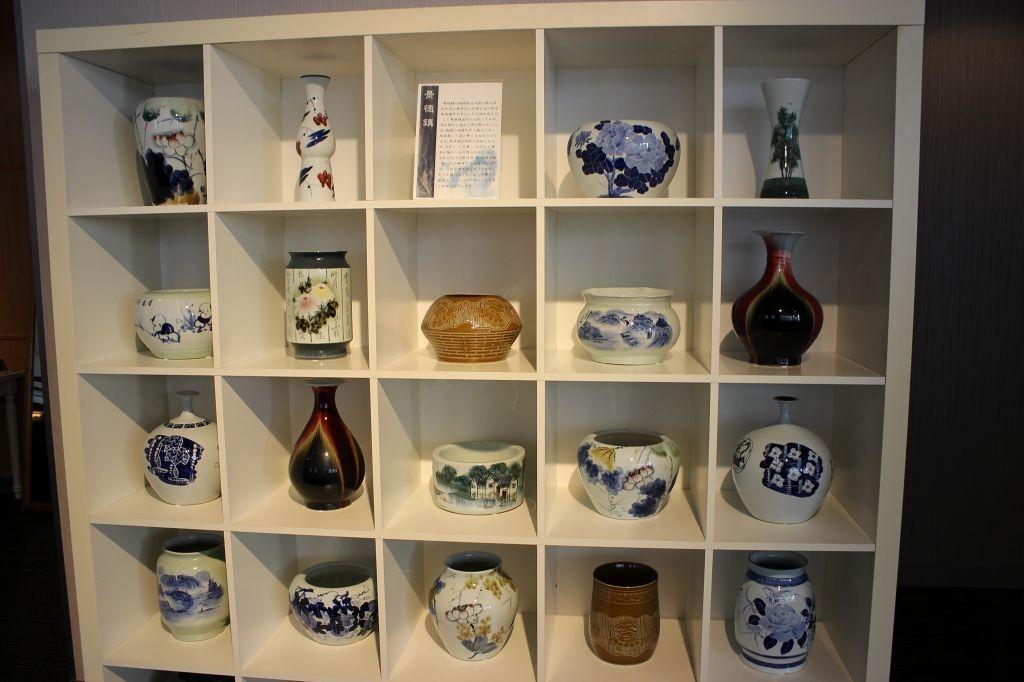 超貴重!中国の逸品「景徳鎮」も、ずらりと展示されています!!