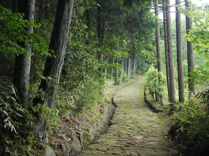 江戸の雰囲気漂う石畳「馬籠宿」は中山道43番目の宿場町