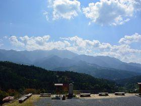外国人にも大人気!中山道馬篭宿から妻籠宿への峠越えハイキング|長野県|トラベルjp<たびねす>