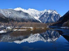 穂高連峰を独り占め!冬の上高地スノーシュートレッキング|長野県|トラベルjp<たびねす>