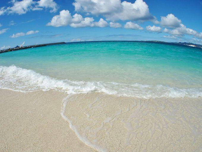 クロワッサンアイランドで極上の海を満喫[水納島]